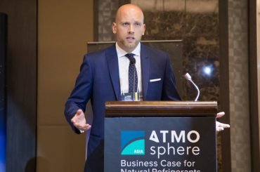 Jan Dusek, shecco, speaking at ATMOsphere Asia 2017 in Bangkok.